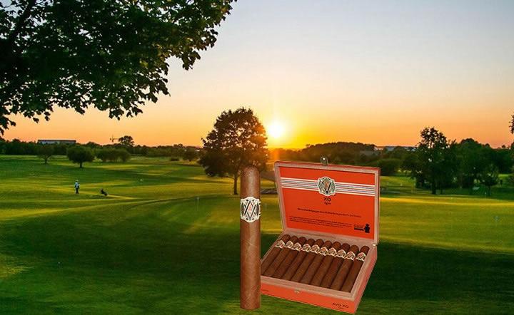 Zigarre des Monats <b>AVO XO Legato</b> 4er / 20er mit Zusatzrabatt
